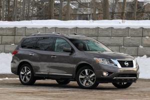 Nissan-Pathfinder-2015