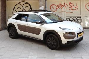 European-car-sales-statistics-compact-segment-2014-Citroen_C4_Cactus