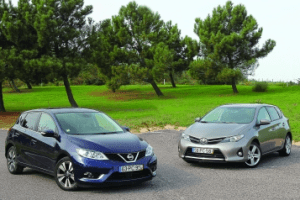 Nissan_Pulsar-Toyota_Auris