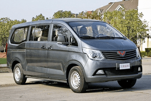 Auto-sales-statistics-China-Wuling_Journey-minibus