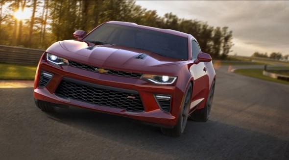 2016-Chevrolet-Camaro-14