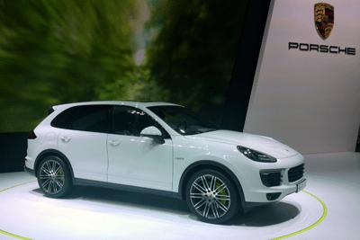 PHEV-segment-European-sales-2015_Porsche_Cayenne_e_Hybrid