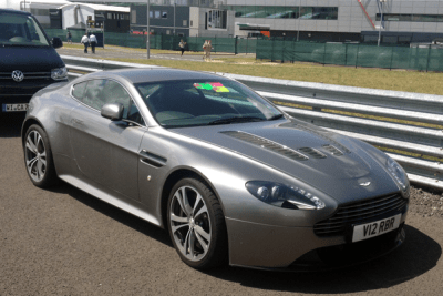 Aston_Martin_Vantage-european_car_sales-2015-large_sports_car_segment
