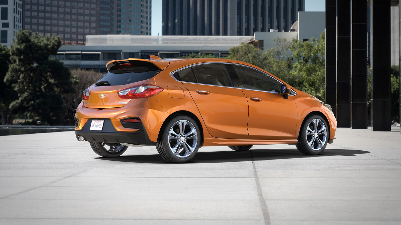 Look-a-like: Chevrolet Cruze hatchback and... - carsalesbase.com