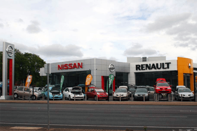 European-car-sales-march-2016-Renault-Nissan-dealership