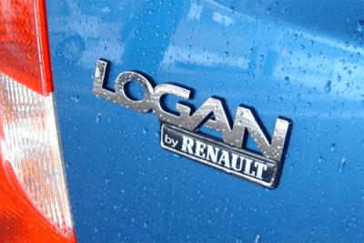Logan_by_Renault-badge