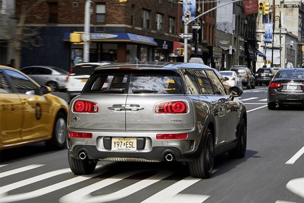Mini_Clubman-2016-US-car-sales-statistics