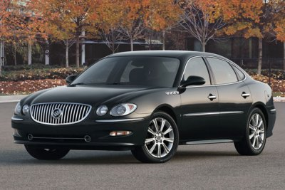 Buick_LaCrosse-first_generation-US-car-sales-statistics