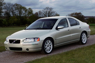 Volvo_S60-first_generation-US-car-sales-statistics