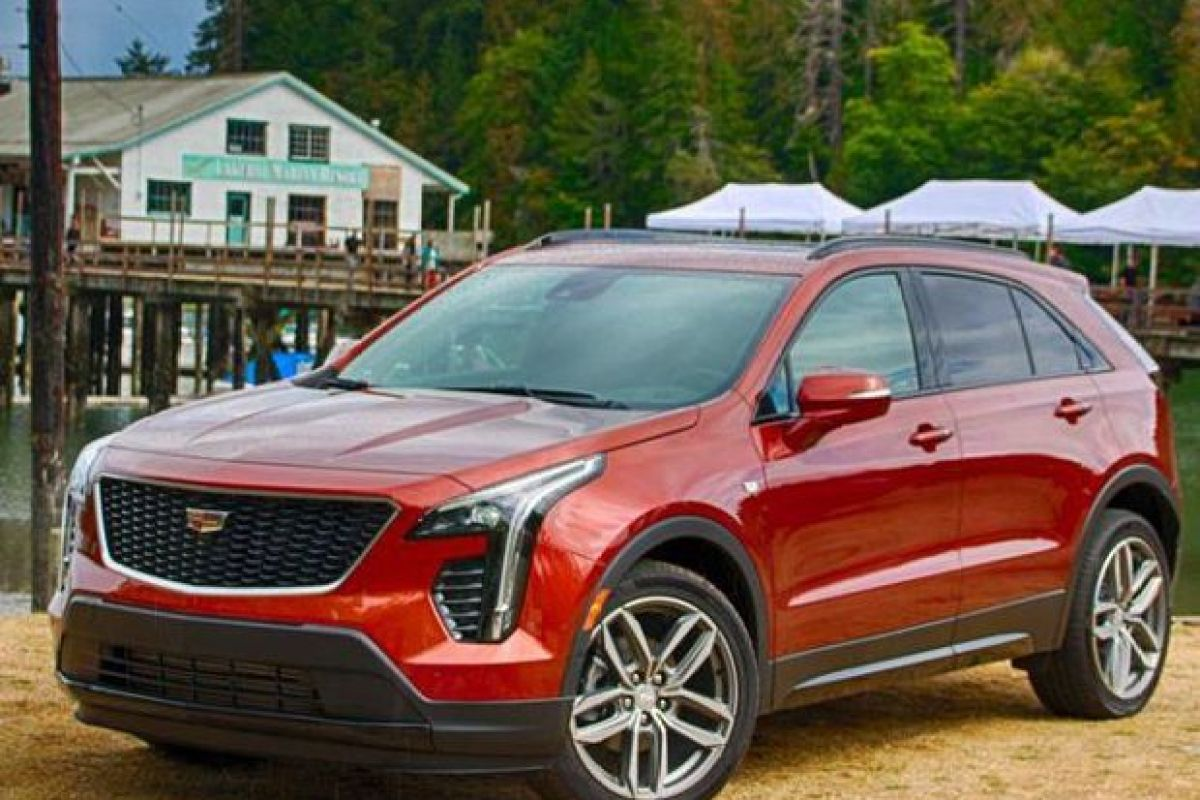 https---blogs-images.forbes.com-samabuelsamid-files-2018-09-2019-Cadillac-XT4-17-of-21-1200x800