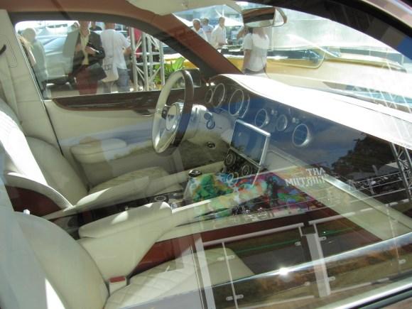 Bentley SUV EXP9F