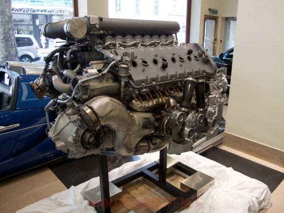 bugatti veyron w12 engine 01