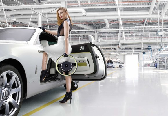 Rolls-Royce Wraith Inspired by Fashion