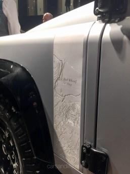Land Rover Defender 2000000 94