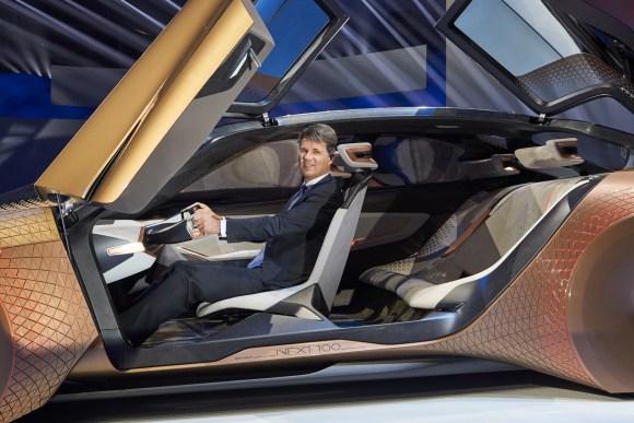BMW Vison Next 100 3