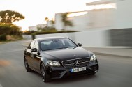 Mercedes-AMG E 43 4MATIC (W 213) 2016; Exterieur: Obsidianschwarz; Interieur: Leder Schwarz Kraftstoffverbrauch kombiniert (l/100 km): 8,3 CO2-Emissionen kombiniert (g/km): 189 exterior: obsidian black; interior: leather black; Fuel consumption, combined (l/100 km): 8.3 CO2 emissions, combined (g/km): 189