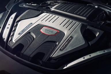 New Porsche Panamera 17