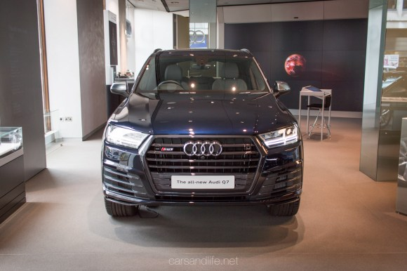 Audi SQ7 in London