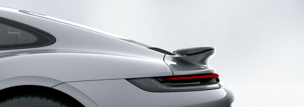 Porsche 911 Turbo S: Porsche Active Aerodynamics (PAA): rear wing retracted