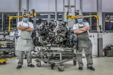 Bentley 6.75 V8 Engine