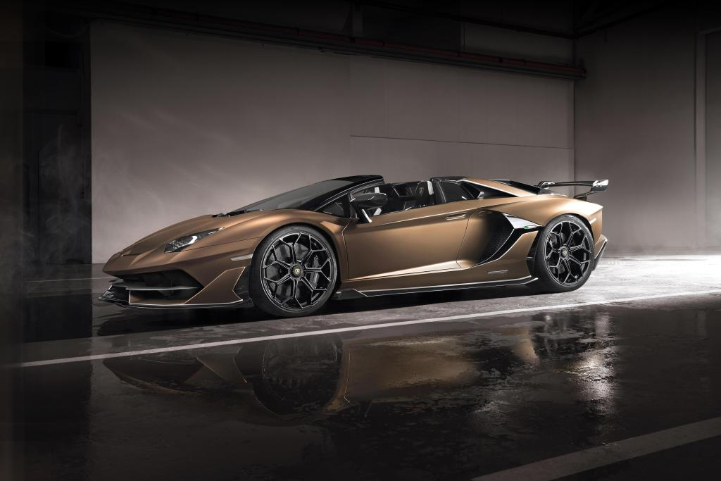 Lamborghini Aventador SVJ Cabrio
