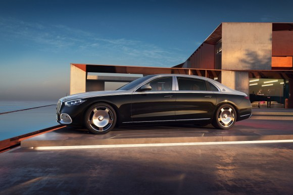 Mercedes-Maybach S680 V12
