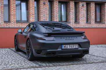 Black Porsche 911 Turbo S MKII