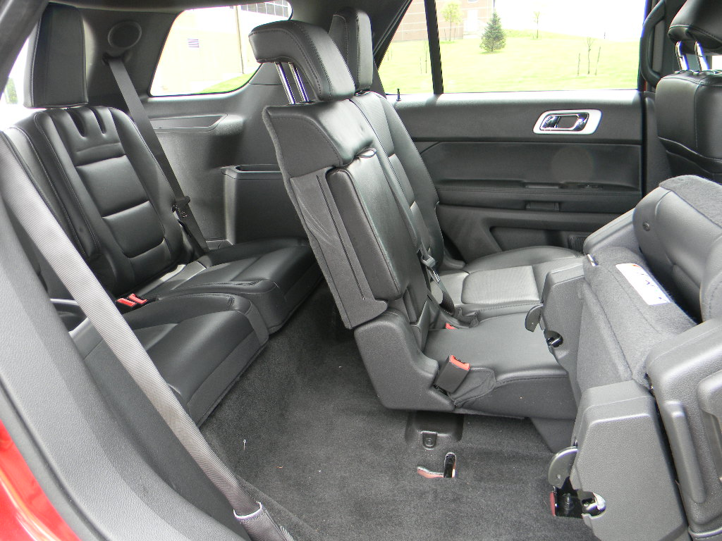 2013 ford explorer captains chairs garden swing chair does the edge have 3rd row seating brokeasshome
