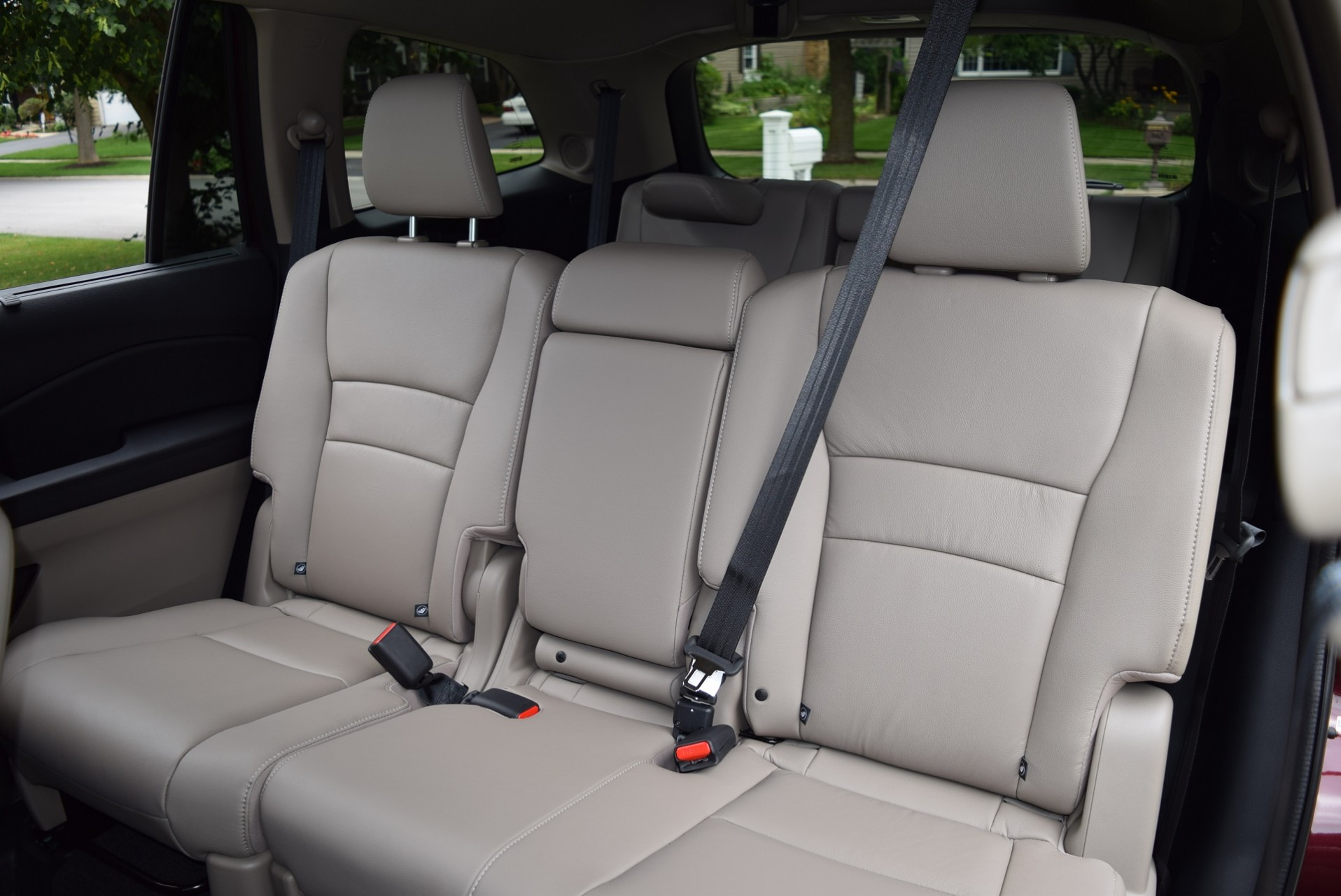 Toyota Highlander Captains Chairs 2017 Toyota Highlander Seating Capacity 8 Best New Cars