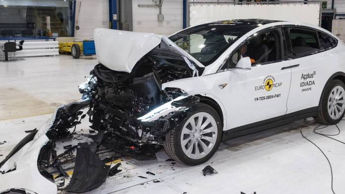 Tesla Model X 2020 New Electric Suv Equals Two Ancap Safety Records Car News Carsguide