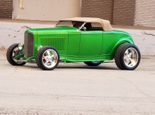 1932_Ford_Roadster.26