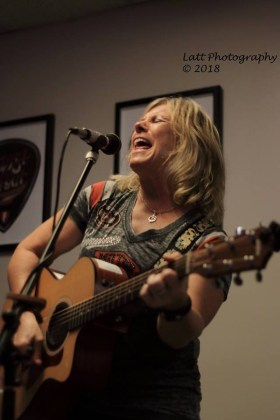 Susan at Fairfield Craft Ales - photo by Donna Lattarulo