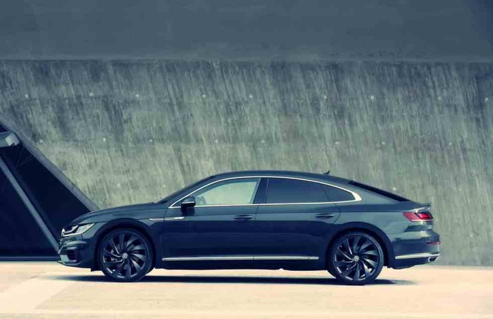 Side View of New Volkswagen Arteon 2019