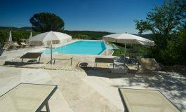 Hotel-castelo na Toscana é destino ideal para lua de mel dos sonhos