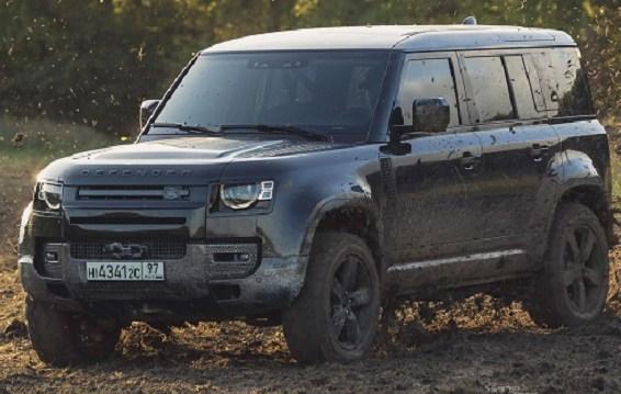 Defender V8, Land Rover Spesial untuk James Bond