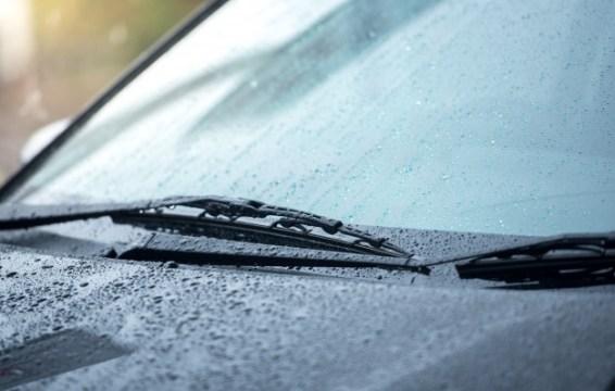 Cek Kondisi Mobil Ketika Cuaca Tak Menentu