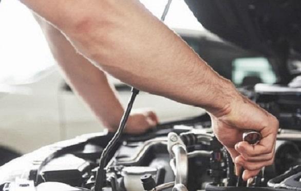4-perawatan-yang-bisa-menekan-estimasi-biaya-servis-berkala-mobil