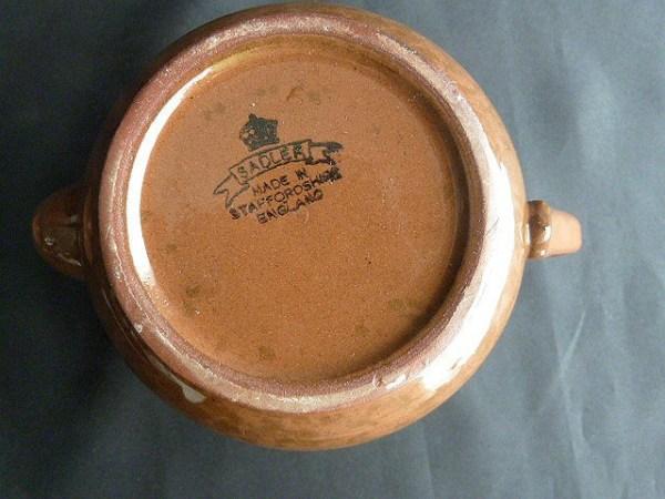 Brown Betty Teapot by Sader