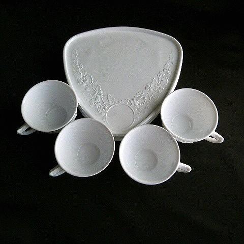 Indiana Glass Mid-Century Milk Glass Smart Set