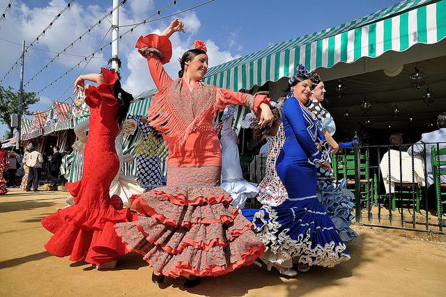 Resultado de imagem para Feria de Abril de Sevilla