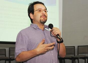 Médico André Ribas divulga relatório