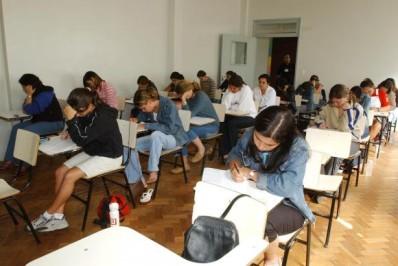 Ag Br - Fies estudantes