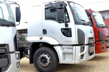 Agência Brasil - Caminhão  indústria