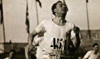 Eric Liddell y su particular manera de correr con la cabeza hacia atrás