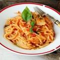 spaghete rapide cu sos de rosii
