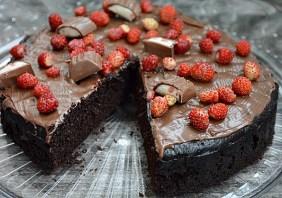 Tort de ciocolata la multicooker