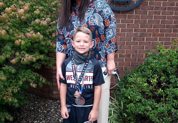 Lee crowned state wrestling champion