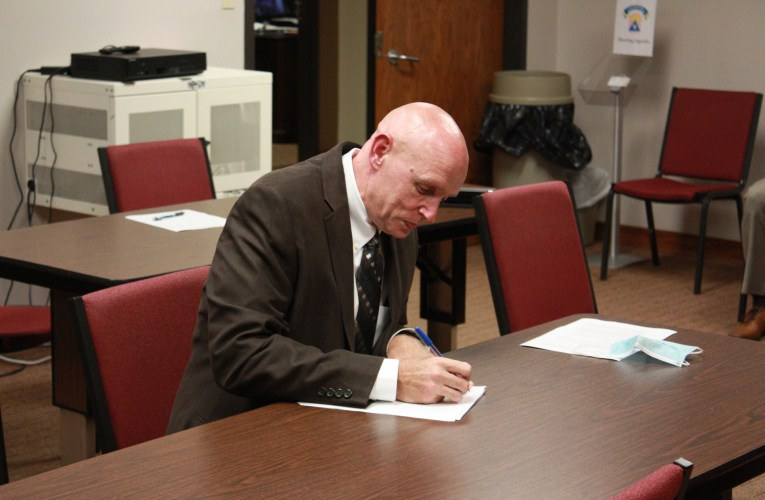 Board chooses new superintendent:Dr. Paul Green is former Jackson Independent superintendent