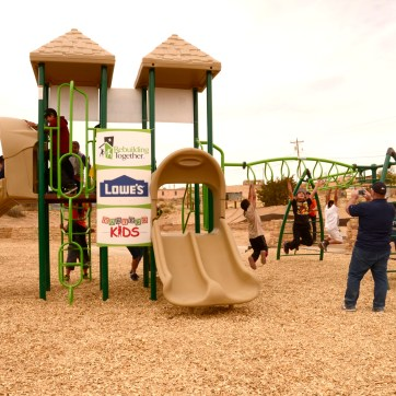 playground_kids-001