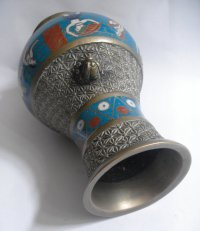Enamelled taper holder - www.carterscollectablesuk.co.uk